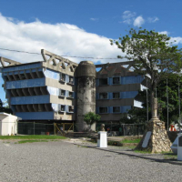 abandoned government building in Puntarenas
